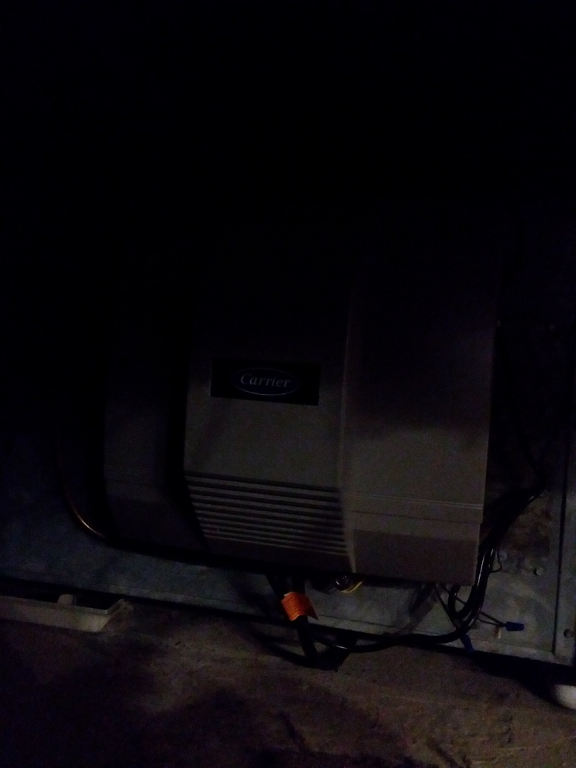 Oak Forest, IL - Carrier humidifier installation in crawlspace