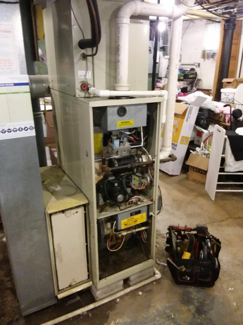 Wheaton, IL - Installing new carrier furnace replacing old carrier