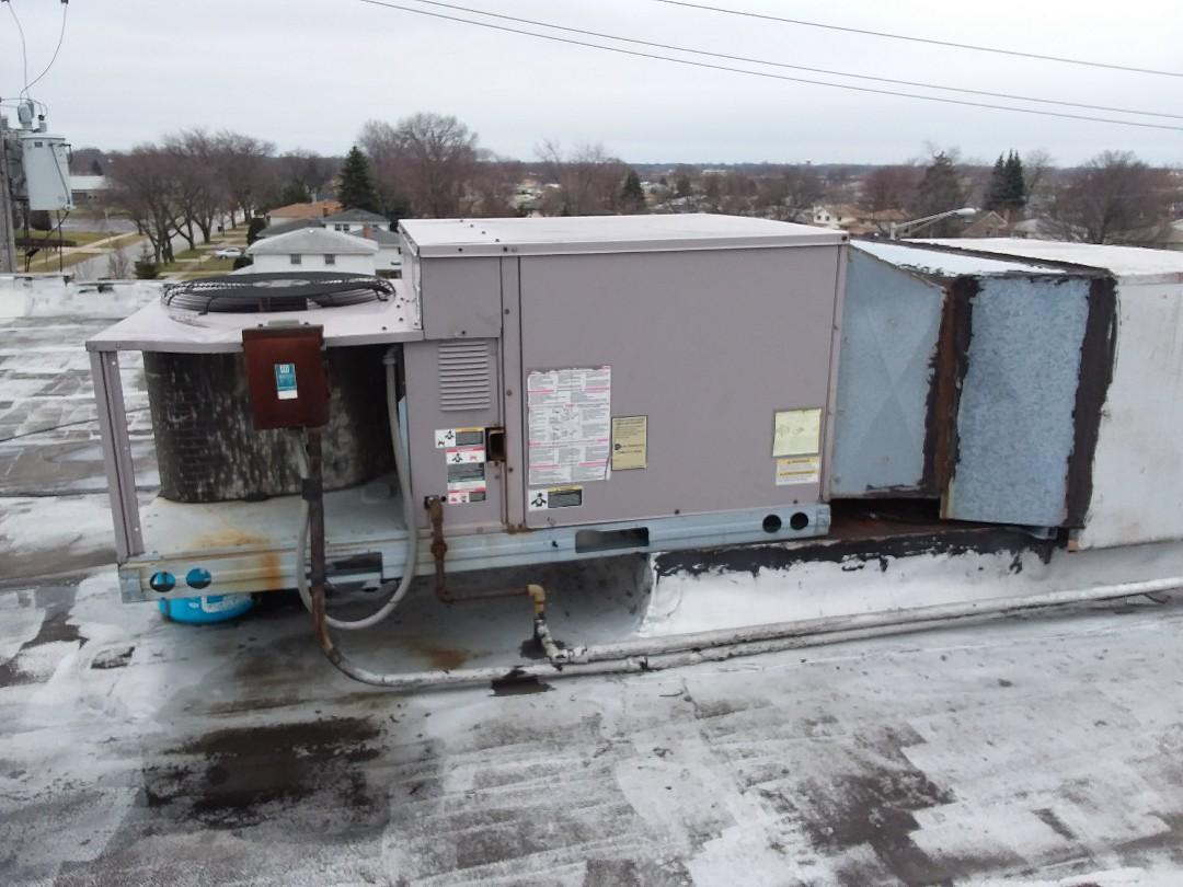 Oak Lawn, IL - Bryant rooftop unit replacement