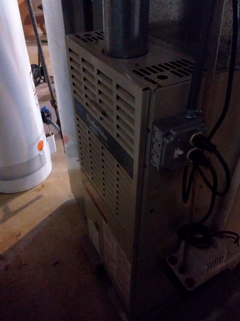 Chicago, IL - Maintaining Carrier Furnace