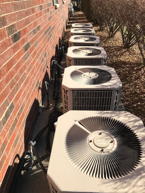 Tinley Park, IL - Estimate to replace York A/C unit with new Carrier A/C unit