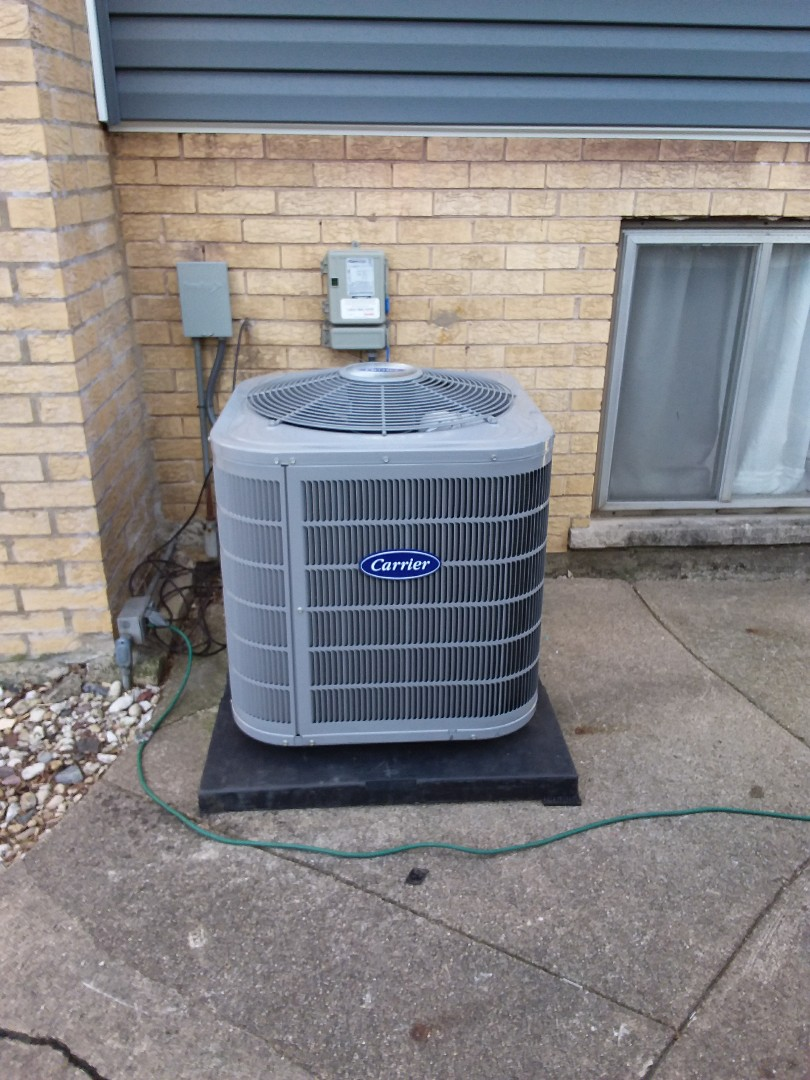 Lombard, IL - Installation of carrier air-conditioner, replace old Lennox air conditioner