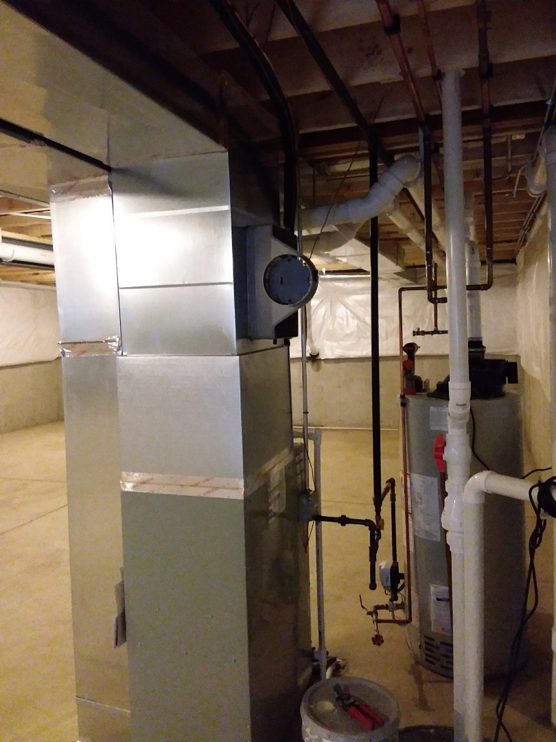Crestwood, IL - Carrier humidifier installation
