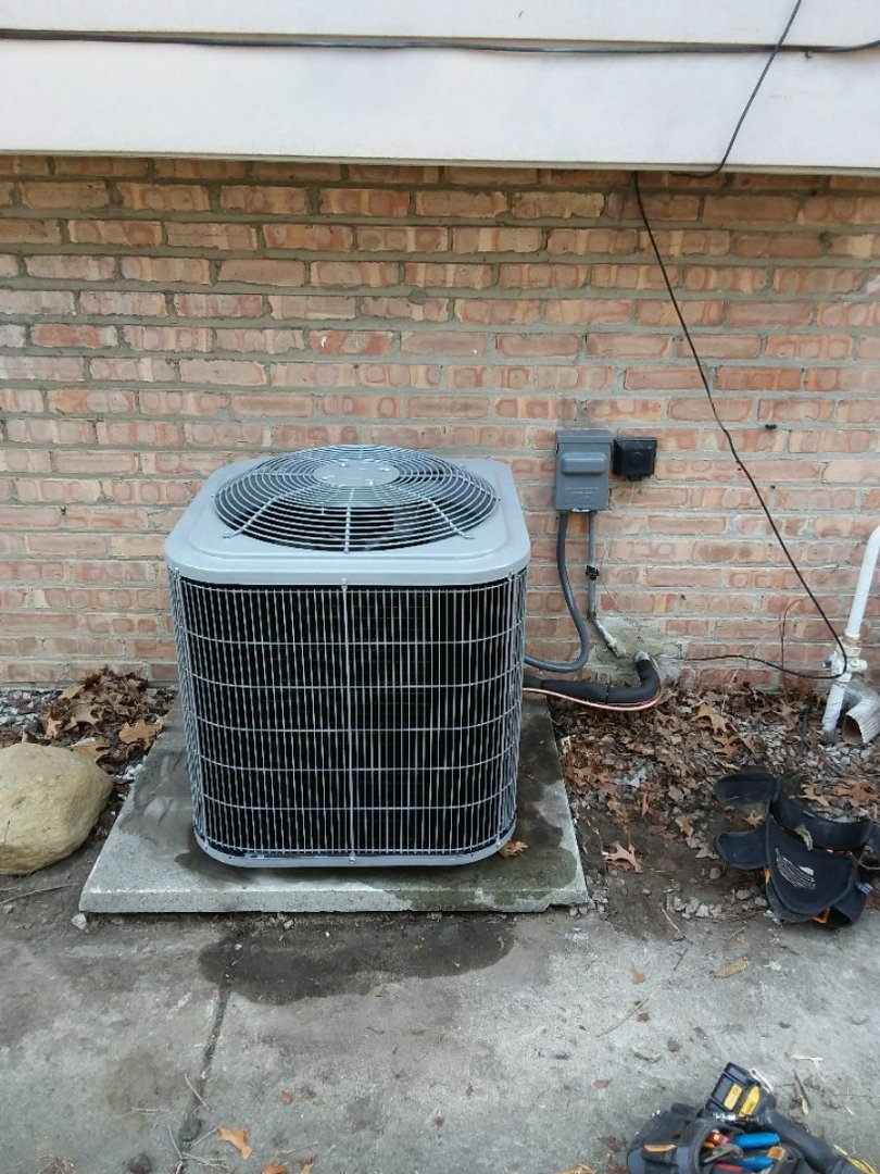Hazel Crest, IL - Installing new carrier ac
