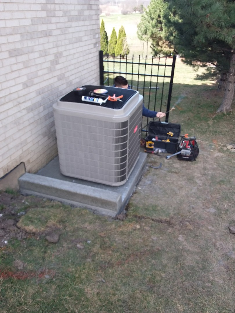 Lockport, IL - Installing new ac  replacing old carrier