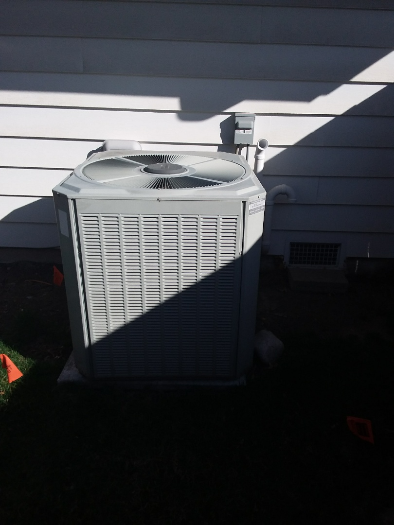 Western Springs, IL - Installation of carrier air conditioner replace old  trane air conditioner