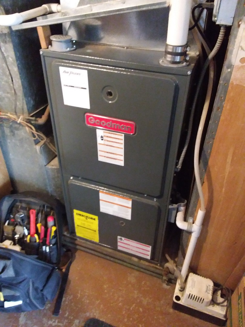 Woodridge, IL - Repairing a Goodman furnace