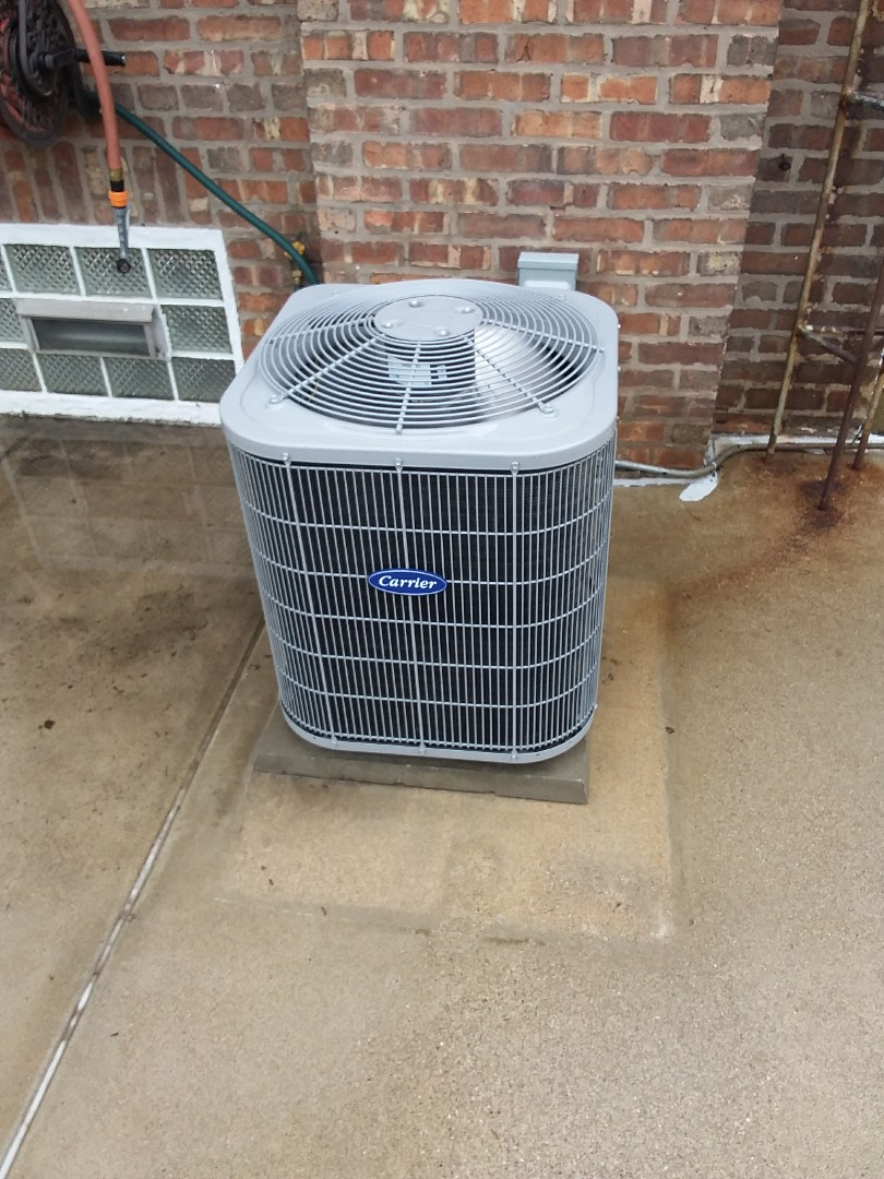 Chicago, IL - Maintaining Carrier AC unit