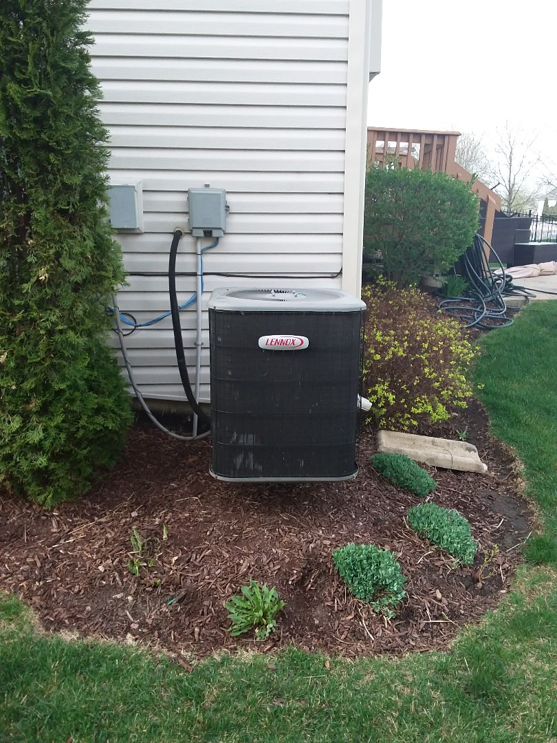 Bolingbrook, IL - Installation of carrier air conditioner replace old Lennox air conditioner