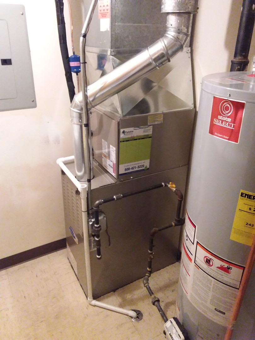 Oak Lawn, IL - Carrier furnace installation and a.c. coil and condenser