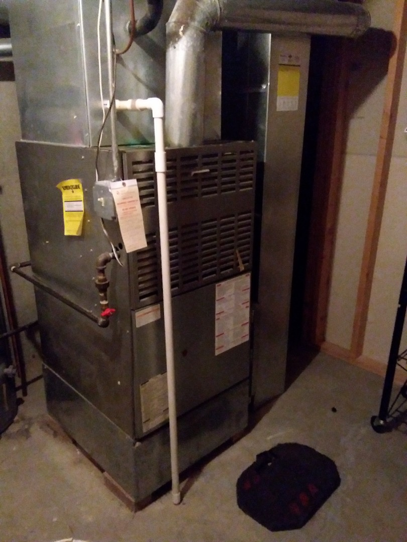 Orland Park, IL - Installation of new carrier furnace replacing old carrier furnace