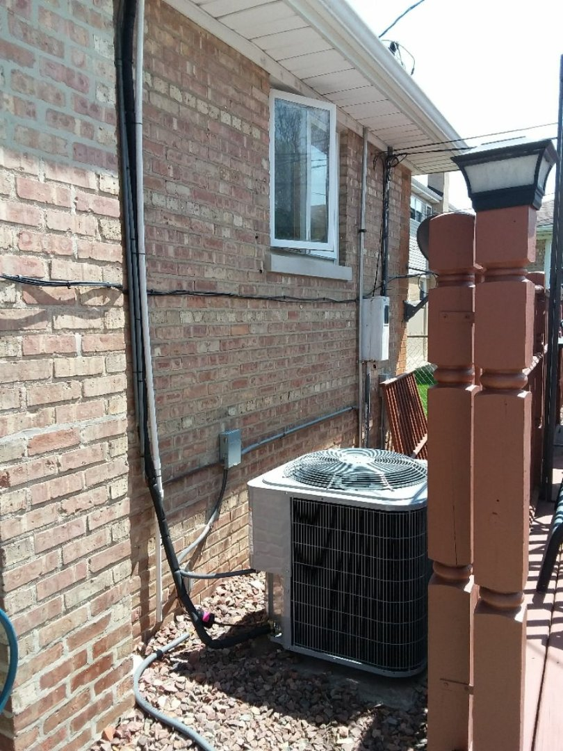 Chicago, IL - Installation of a carrier ac
