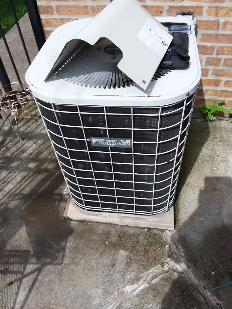 Chicago, IL - Maintaining a Kenmore AC unit