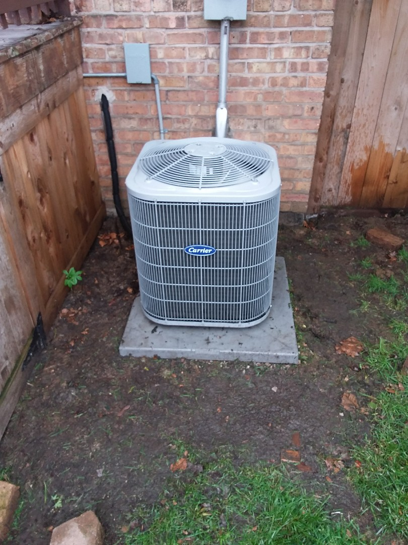 Berwyn, IL - Maintaining a Carrier AC unit