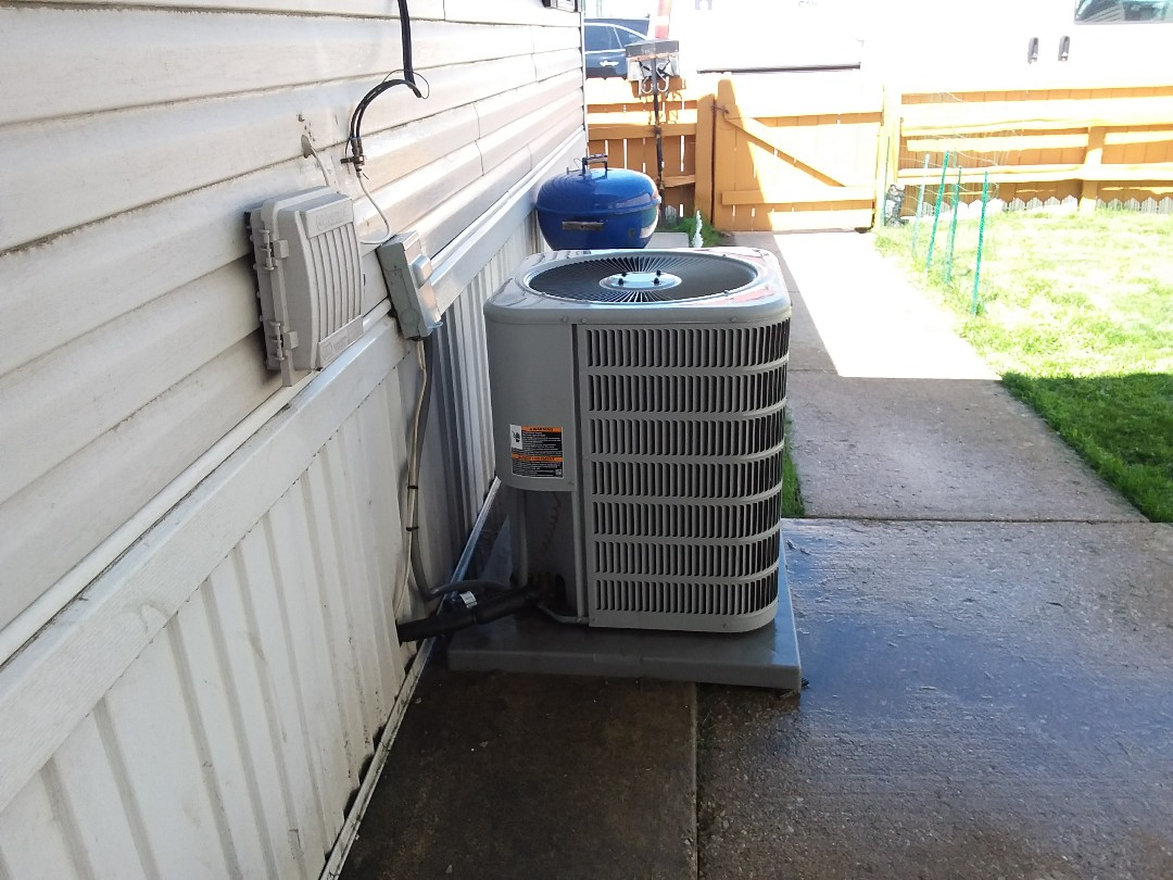 Melrose Park, IL - Checked and cleaned A/C