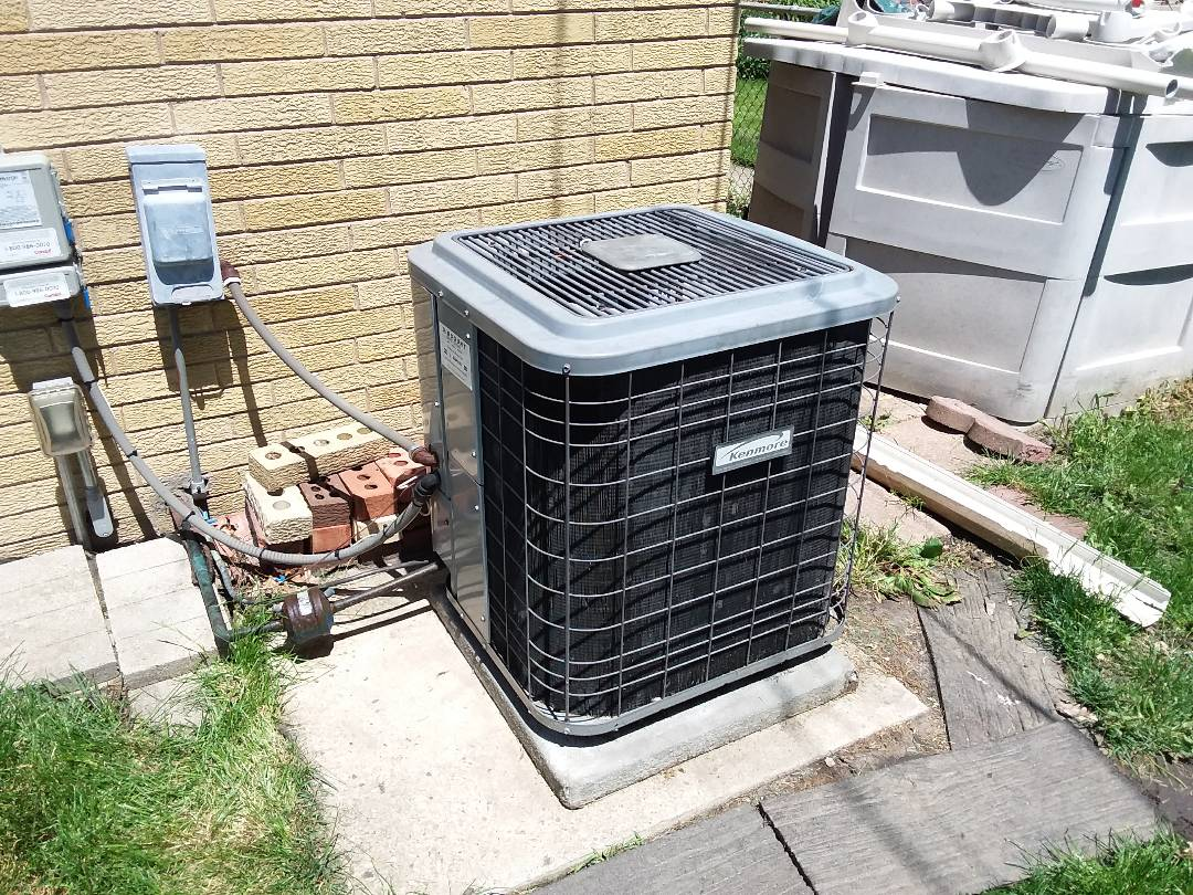 Skokie, IL - Replace condenser fan motor
