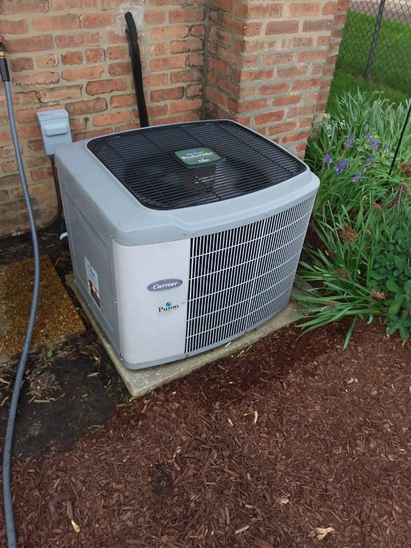 Oak Lawn, IL - Maintaining Carrier AC unit