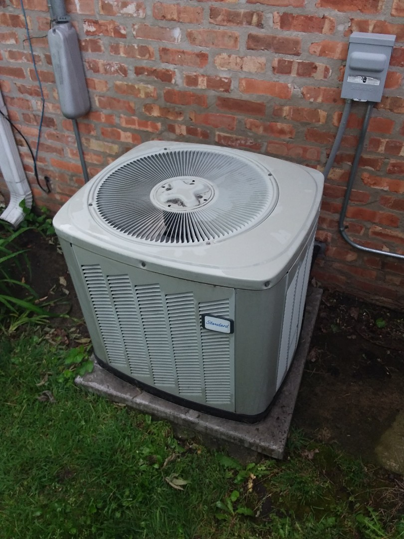 Chicago, IL - Maintaining an American Standard AC unit