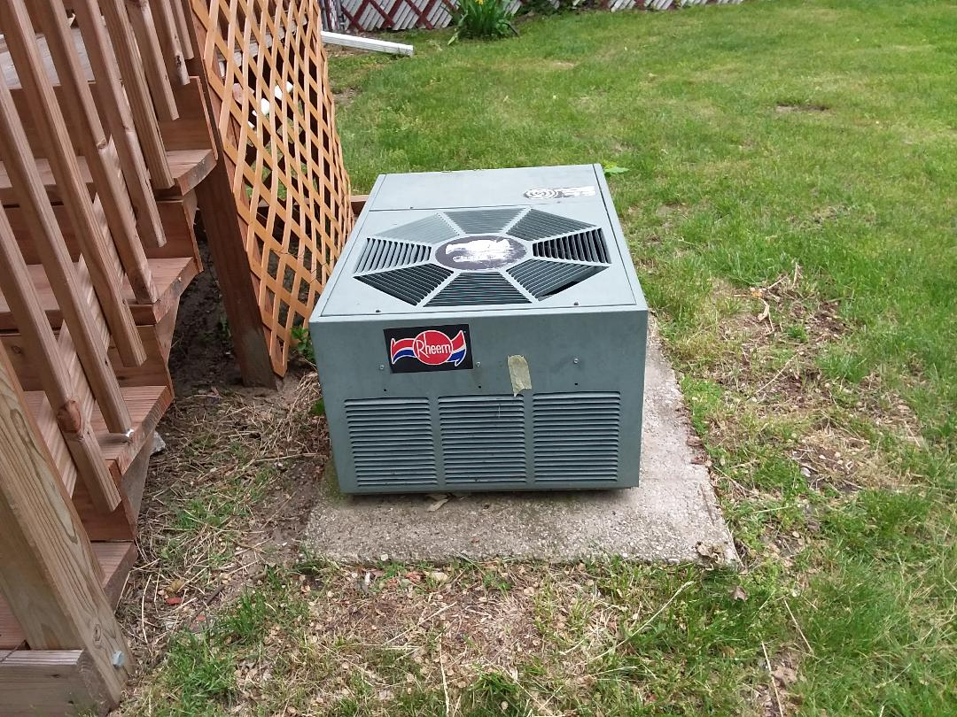 Evanston, IL - A/C cleaned and checked