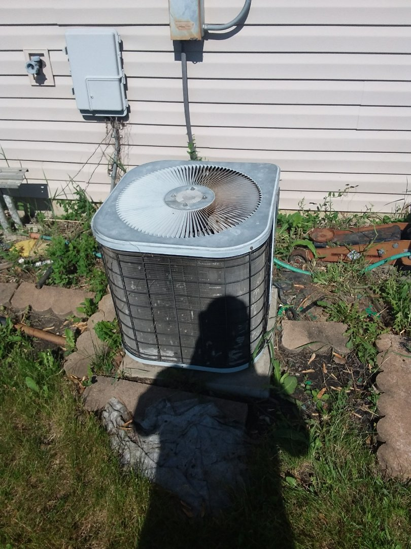 Matteson, IL - Repairing a Kenmore AC unit