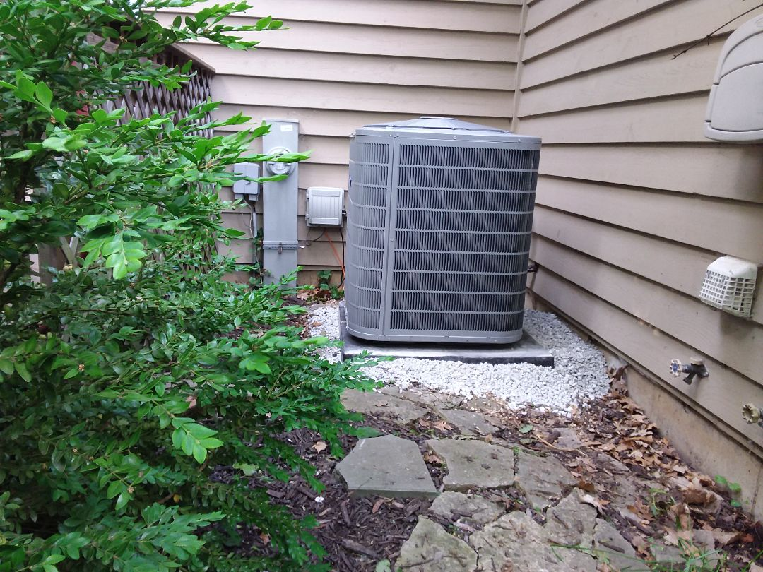 Bolingbrook, IL - Installation of new carrier air conditioner