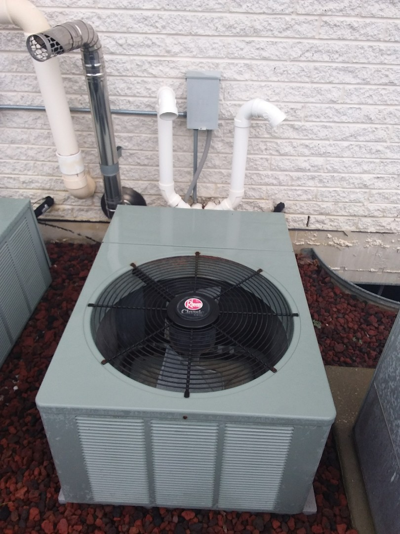 Mokena, IL - Installation of carrier air conditioner replace old rheem air conditioner