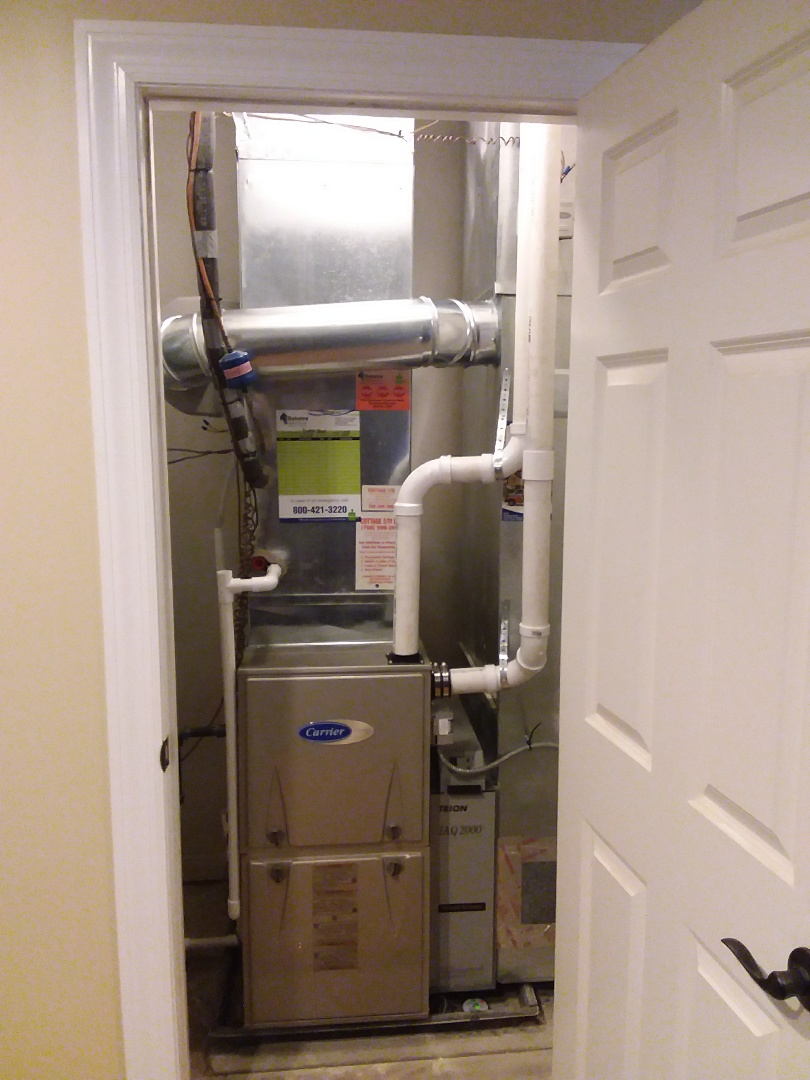Orland Park, IL - Installing new carrier furnace replacing old carrier