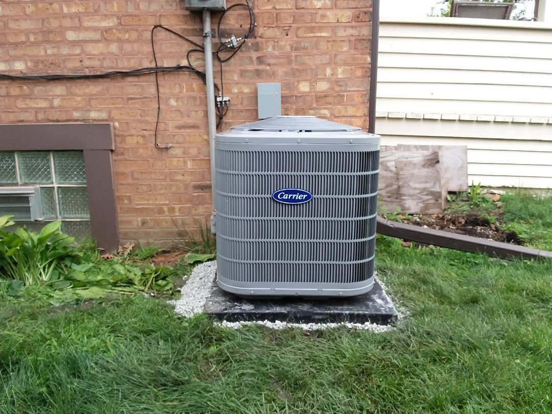 Broadview, IL - Installation of new carrier air conditioner replacing old Lennox air conditioner