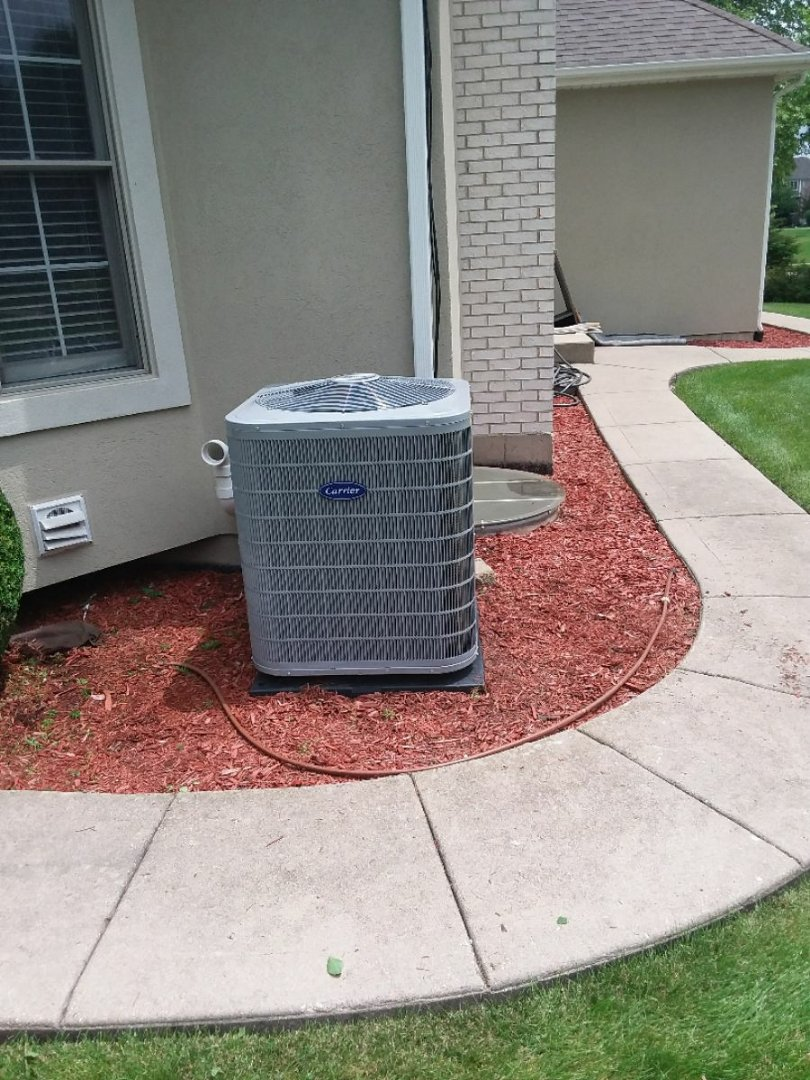 Naperville, IL - Installation of carrier air conditioner