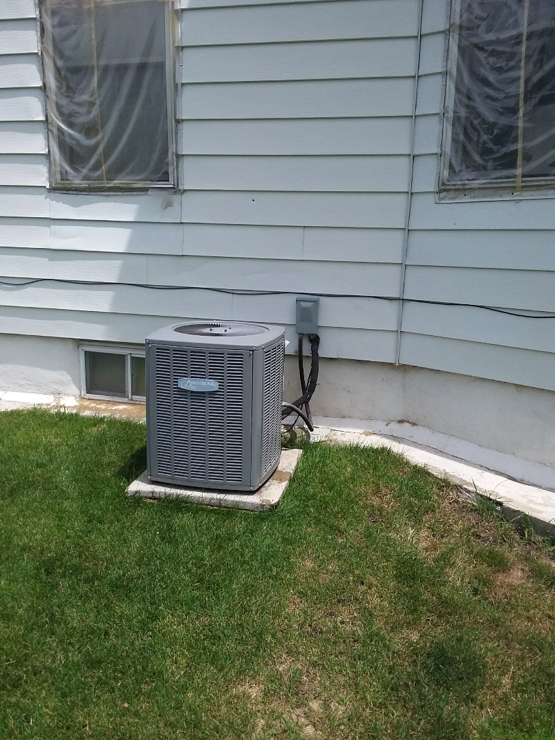 Aurora, IL - Installation of carrier air conditioner replace old Armstrong air