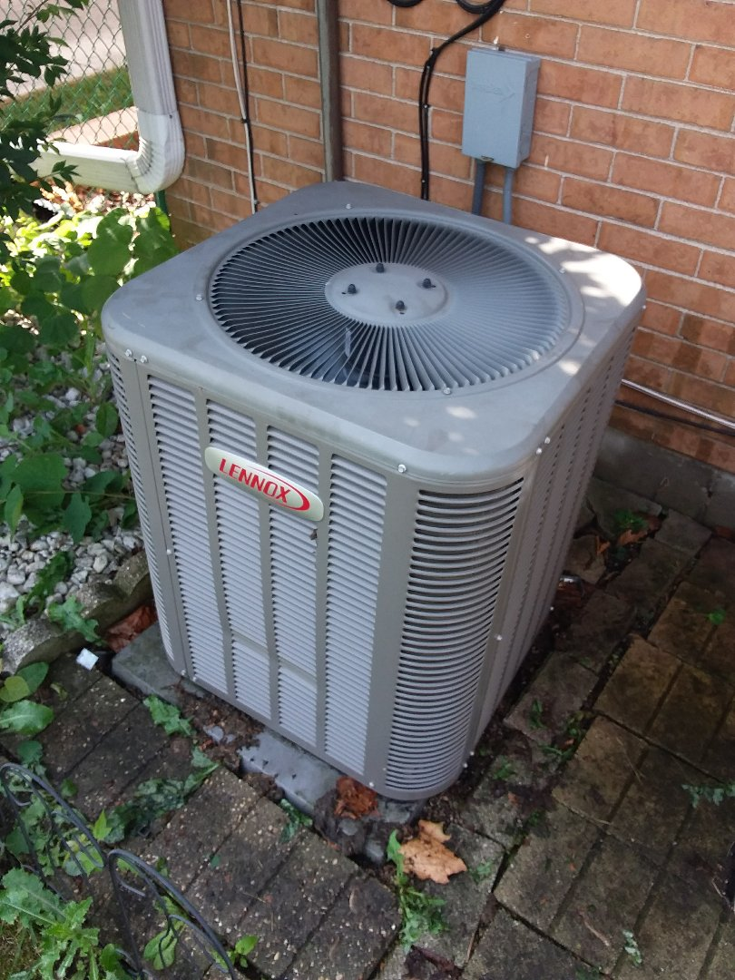 Westchester, IL - Air conditioner clean and check maintenance for Lennox AC