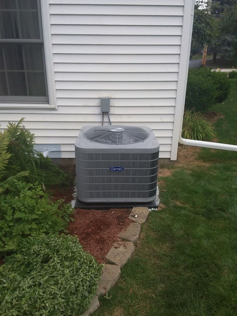 Aurora, IL - Carrier air conditioner and humidifier installation