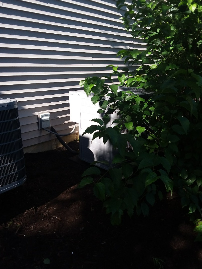 Buffalo Grove, IL - Installation of carrier air conditioner