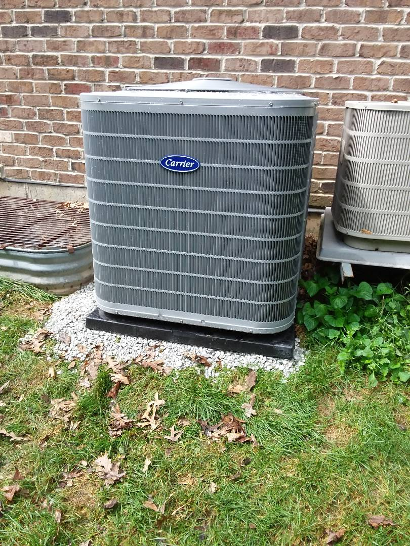 West Chicago, IL - New carrier condenser