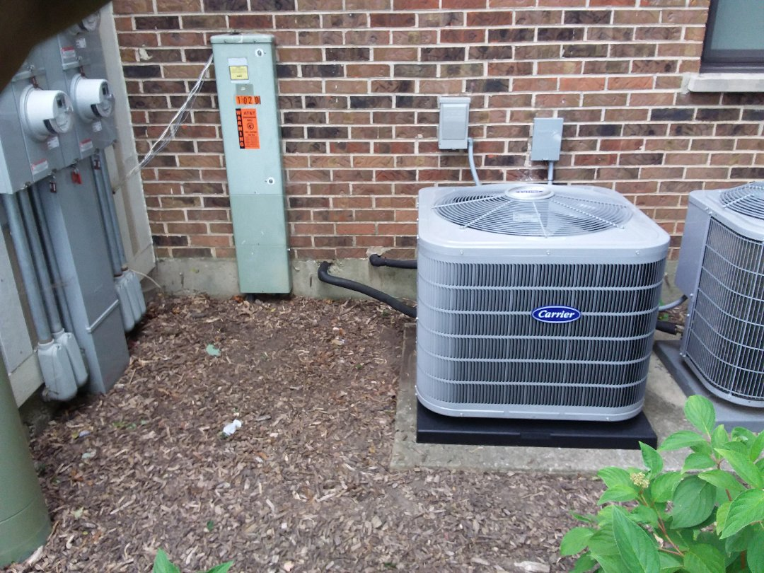 Wheeling, IL - Installation of new carrier air conditioner replacing old ge air conditioner