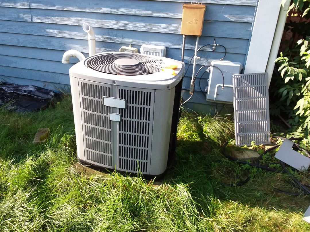 Schaumburg, IL - Clean and checked A/C