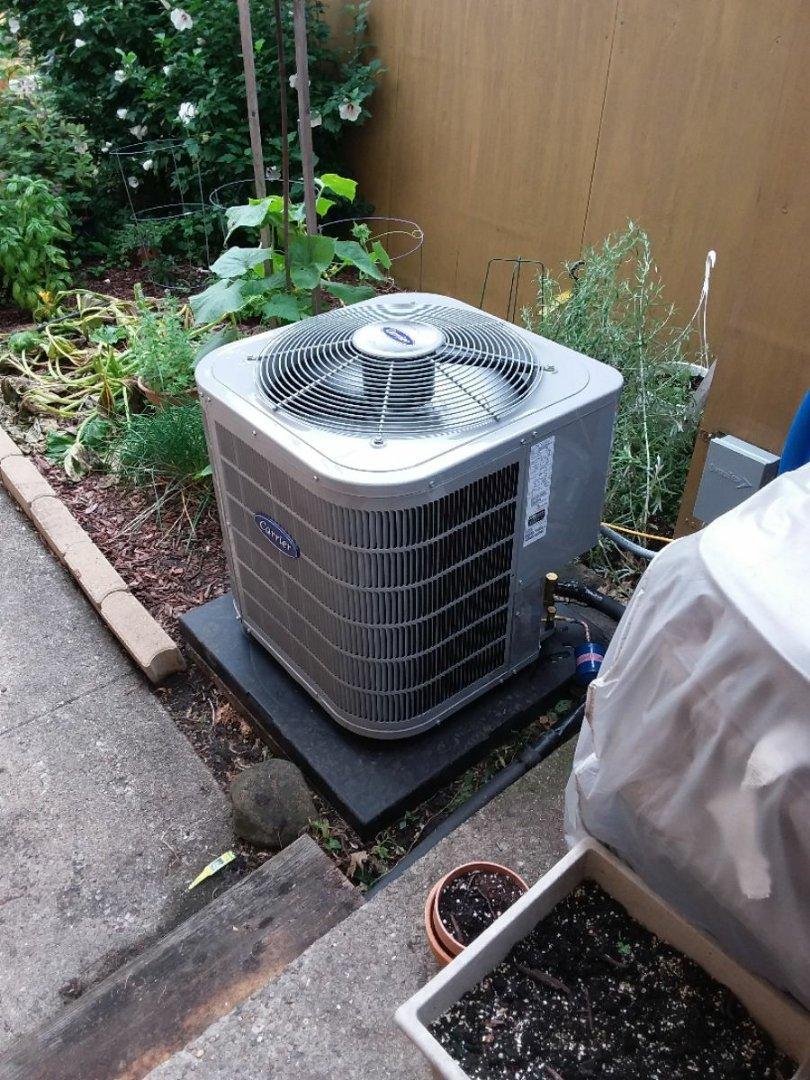 Berwyn, IL - Carrier air conditioning system installation