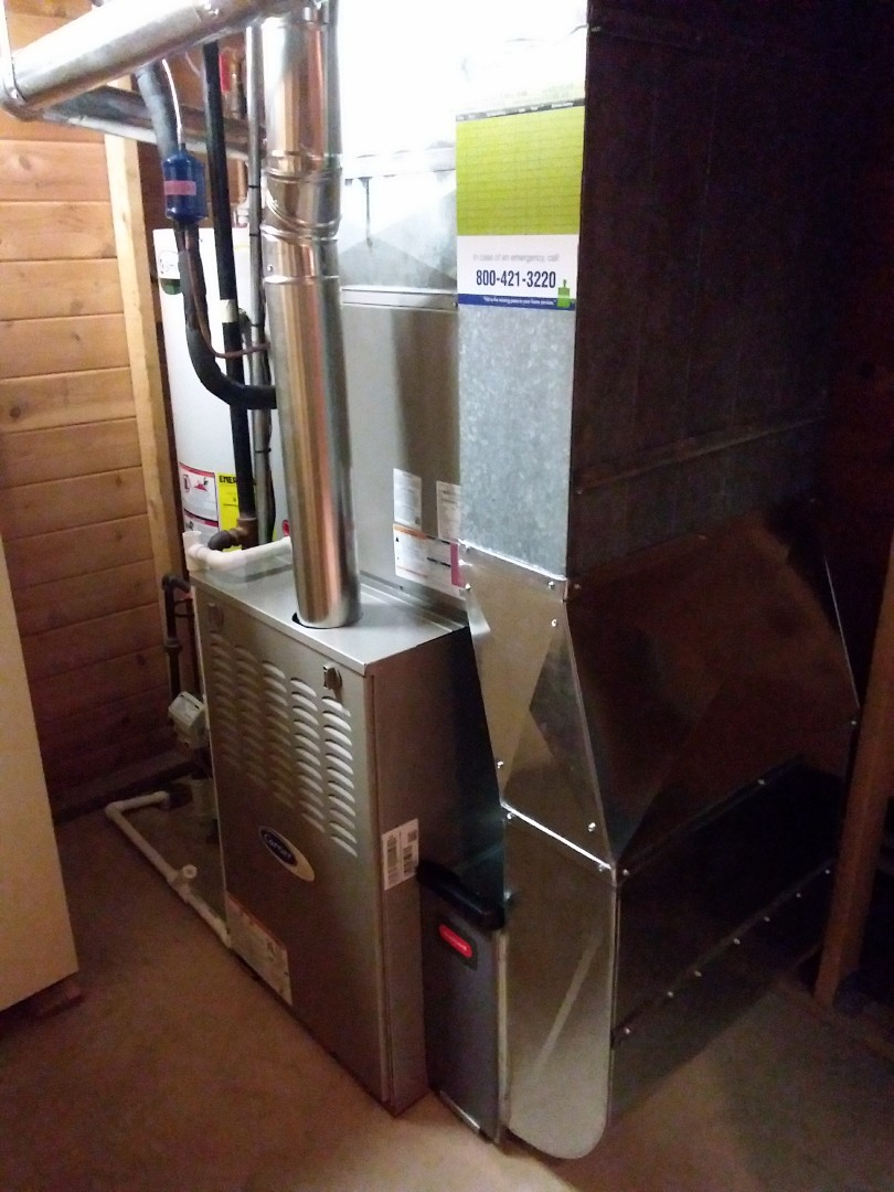 Oak Forest, IL - Installation of new carrier furnace replacing old Lennox furnace