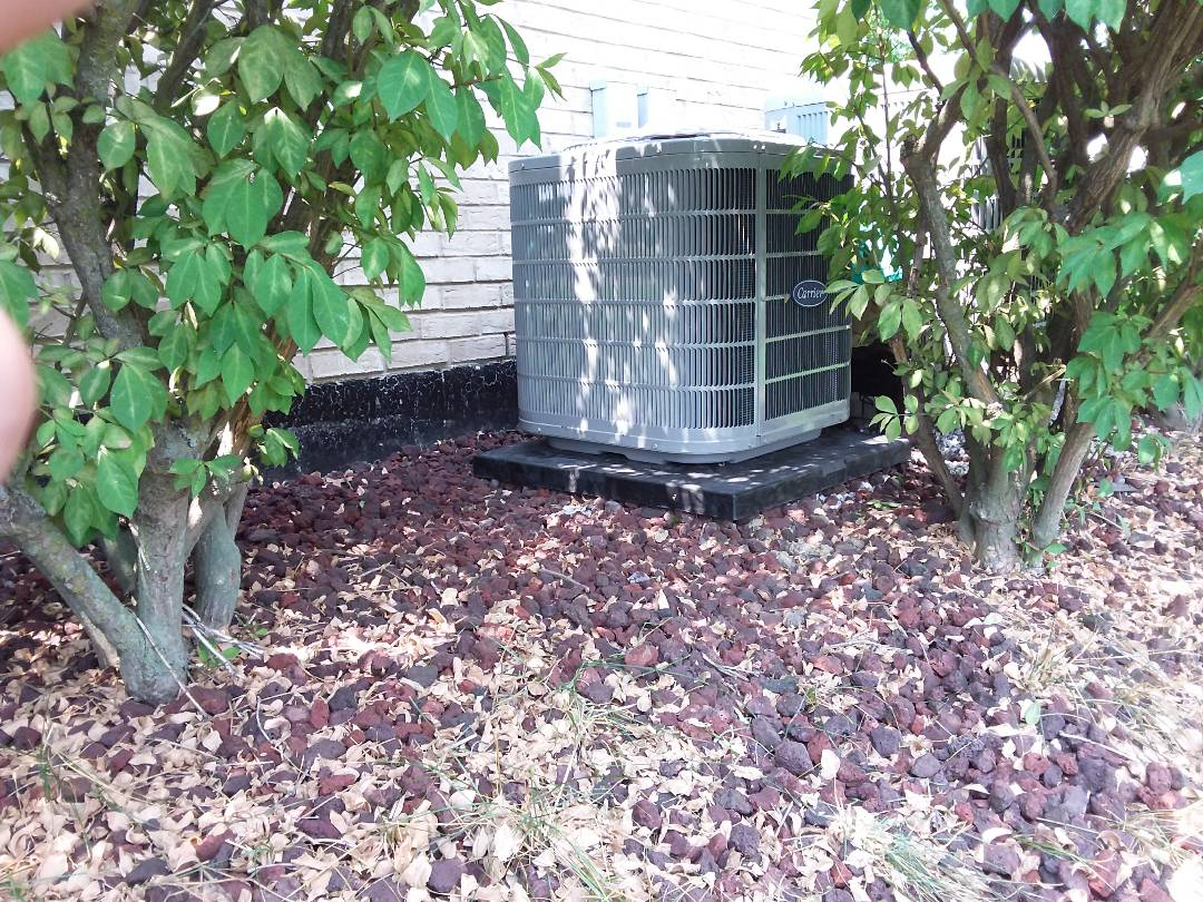 Tinley Park, IL - Installation of new carrier air conditioner replacing old carrier air conditioner