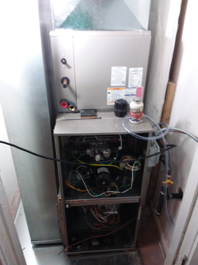 Chicago, IL - Installation of new carrier furnace