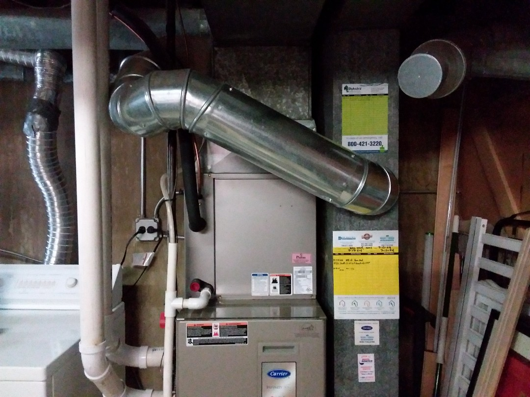 Chicago, IL - Clean and checked furnace and humidifier