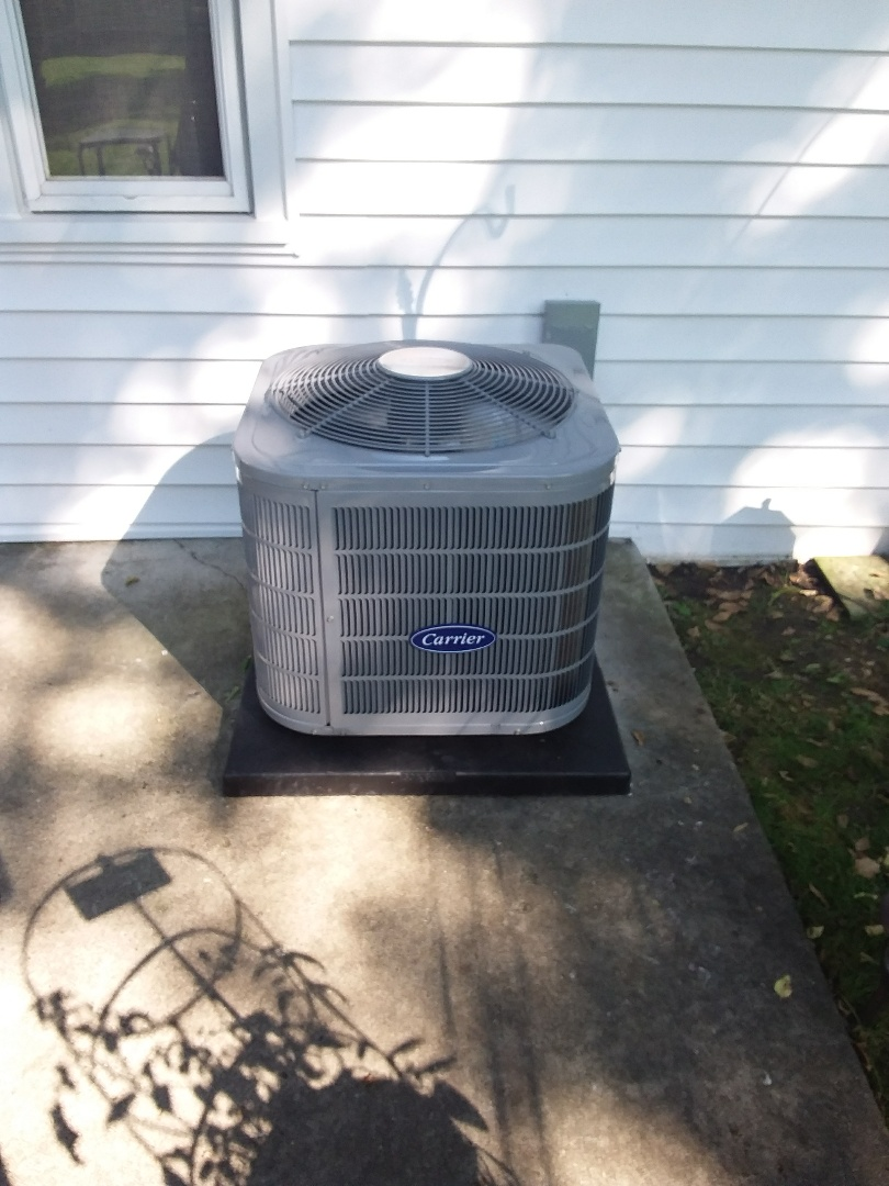 Evanston, IL - Installation of new carrier air conditioner replacing old carrier air conditioner
