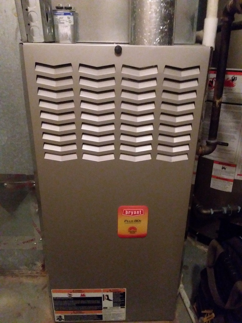 Lombard, IL - Maintaining a Bryant furnace