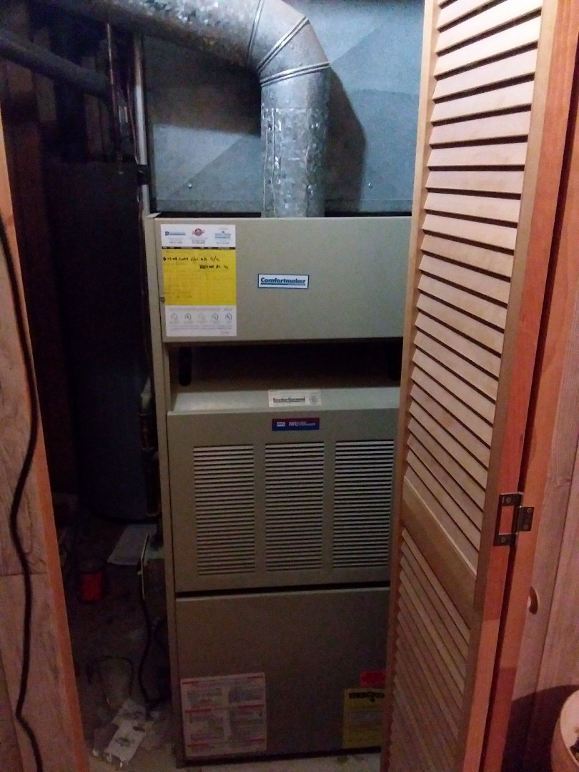 Carol Stream, IL - Installation of new carrier furnace replacing old comfort maker furnace