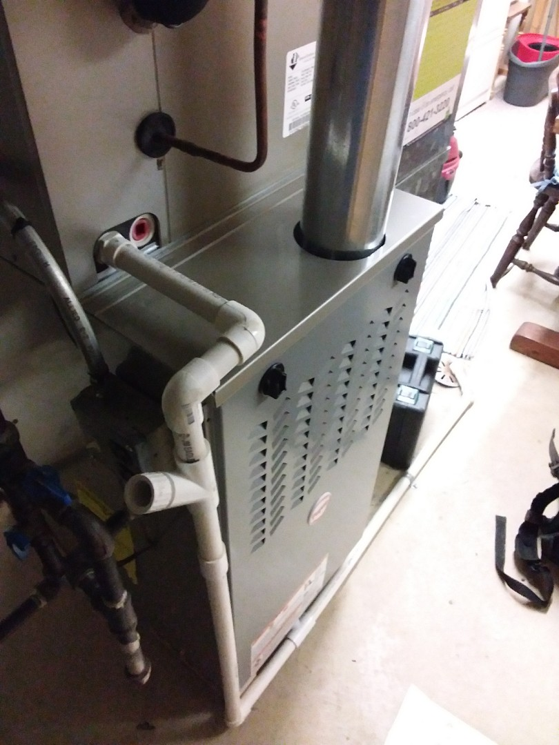 Tinley Park, IL - Maintaining a Payne furnace