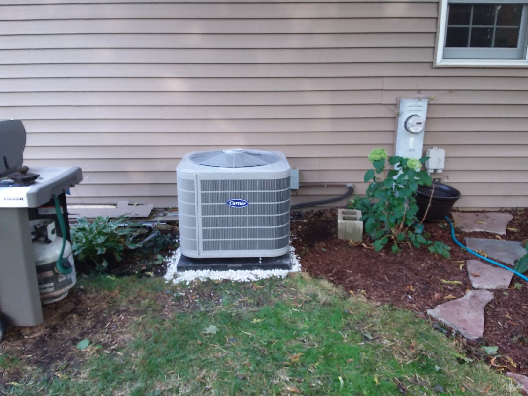 Naperville, IL - Installation of new carrier air conditioner replacing old carrier air conditioner