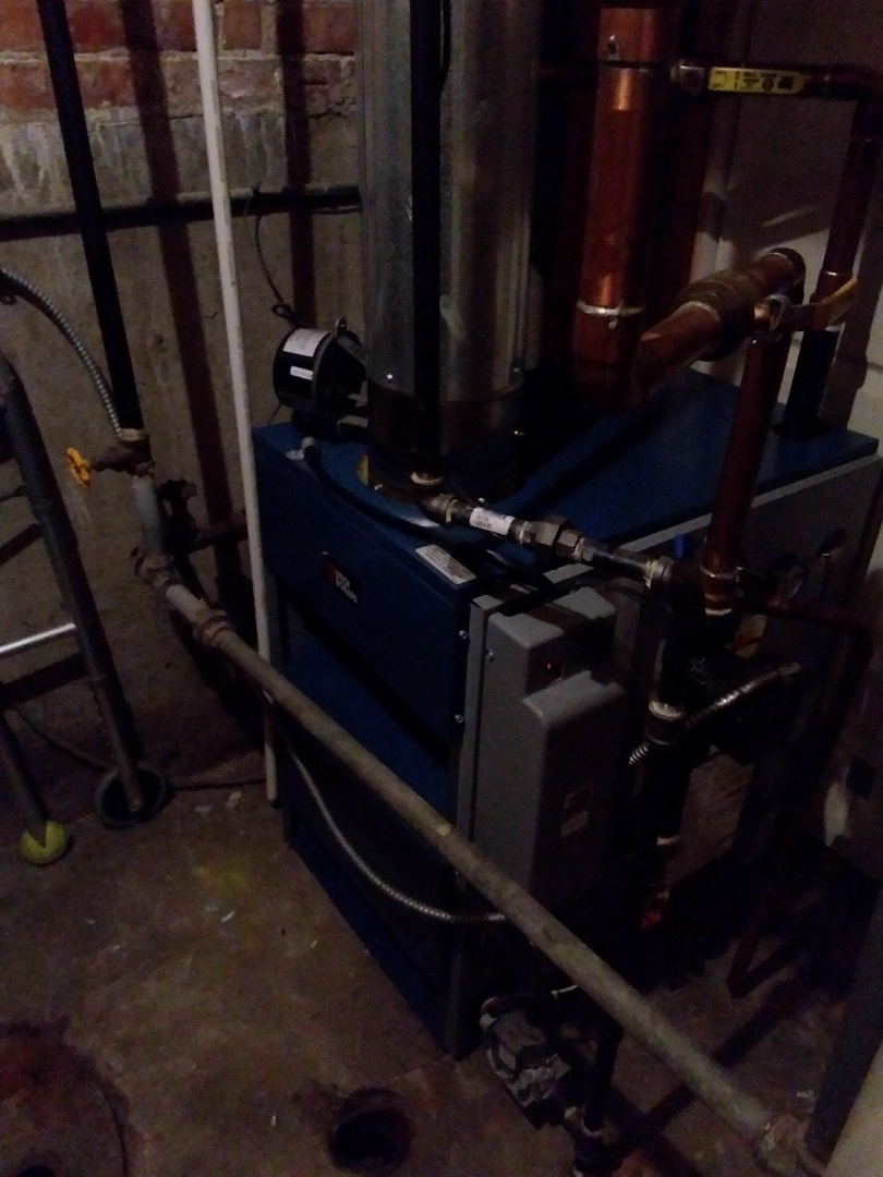 Burbank, IL - Maintaining a Utica boiler