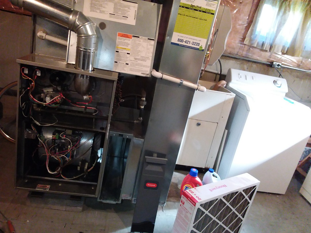 Niles, IL - Clean and checked furnace and humidifier