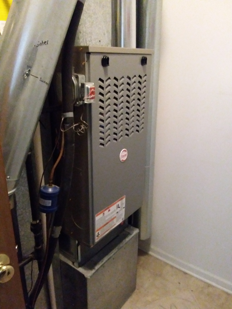 Carol Stream, IL - Installation of new Payne furnace replacing old carrier furnace