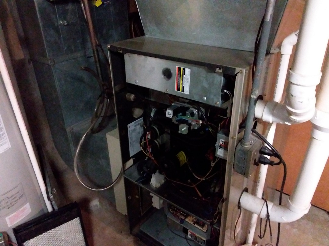 Glenview, IL - Clean and checked furnace and humidifier